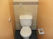 1_school-toilets-8
