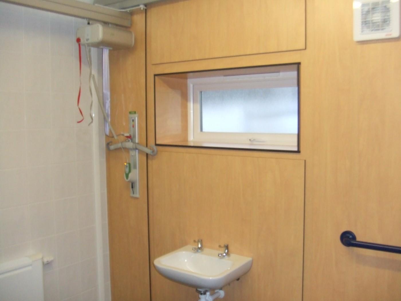 1_independent-living-wetrooms-bathrooms-5