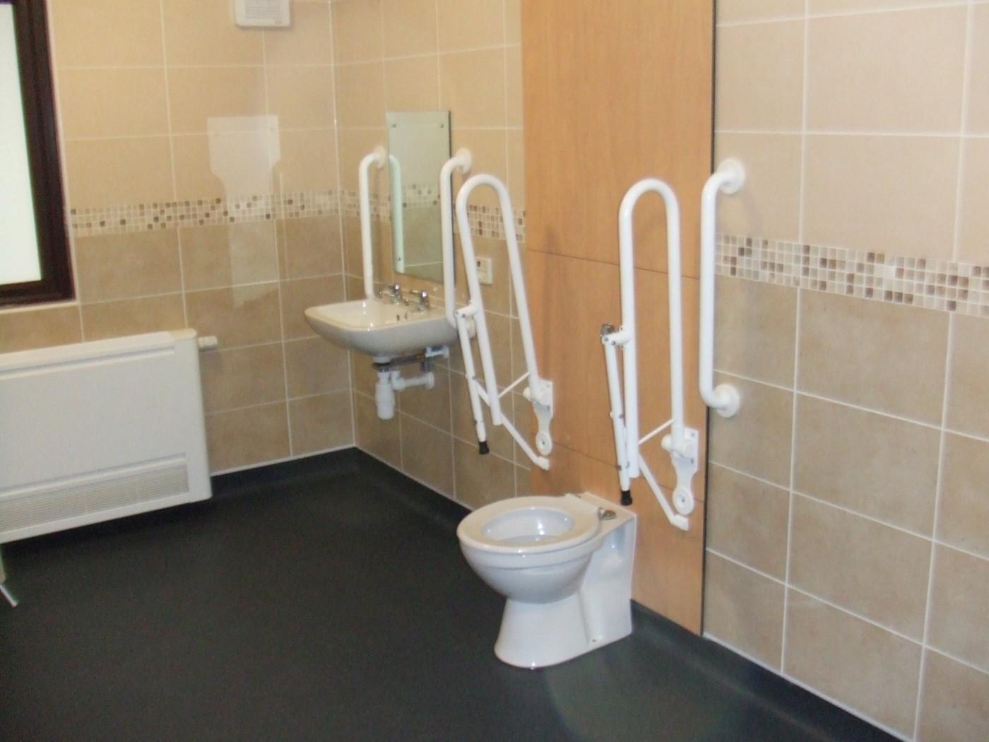 1_independent-living-wetrooms-bathrooms-7