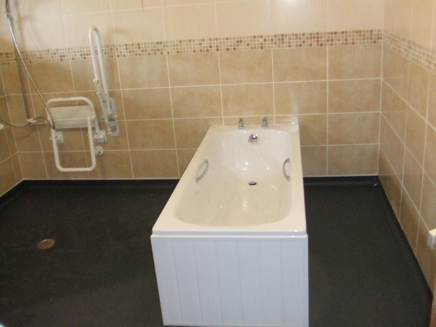1_independent-living-wetrooms-bathrooms-8